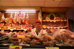 Kedvenc húsbolt Debrecen
